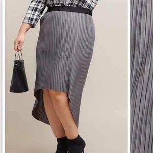 Piphany Magnolia Skirt size S